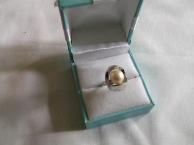 925 Sterling Silver Pearl Size M