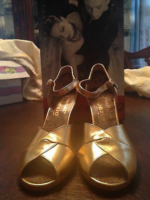 Capezio Cabaret Gold Dance shoes size 5M brand new in box