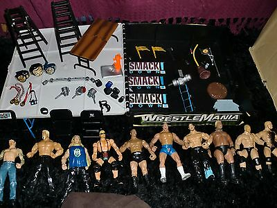 WWE original Wrestlemania ring cage 10 figures loads extras WWF belts ladders