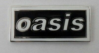 Oasis 'logo' enamel badge.Liam Gallagher,Noel Gallagher,Mod,B​eady Eye,Vespa.