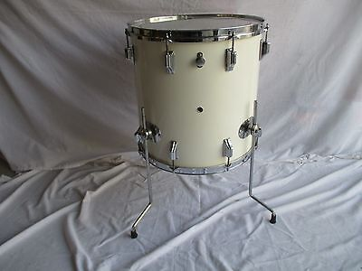 Rogers Holiday 16 X 16 Floor Tom  Pat Pend Vintage 1960's