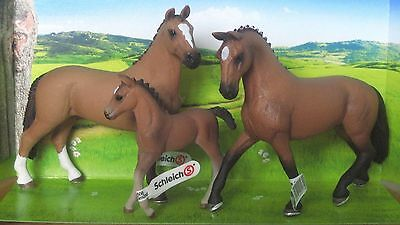 3 x NEW Schleich Dressage Pony Horse Hanoverian + Gelding + Mare + Foal - Stable