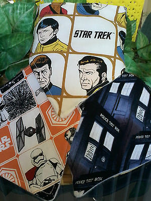 Bib Bandana Boys, Girls Dribble Bib Star Wars, Star Trek, Dr Who Fabric