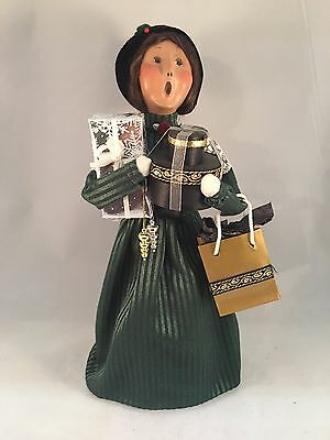 Byers Choice Caroler - 2002 Victorian Shopper Woman with Gifts