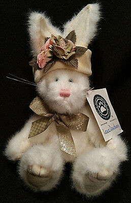 """Boyds Bears Plush Retired """"Lexie Dowbunny"""" Jointed White Rabbit 1985-99"""