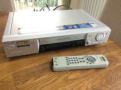 SONY VIDEO VHS PLAYER RECORDER Tested Fully Working SLV-SE810G