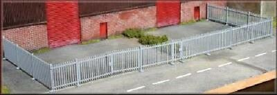 Knightwin Security Fencing with Double + Side Gate PM121 Kit for HO and OO Scale