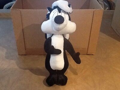 Applause Pepe Le Pew Plush