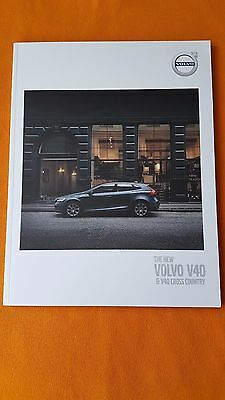 Volvo V40 & Cross Country Momentum Inscription R-Design paper brochure 2016 MINT
