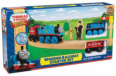Fisher Price Thomas & Friend Wooden Railway Oval Starter Set Brand New Y5854