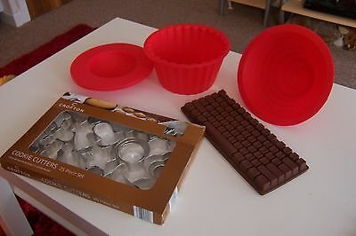 silicone cooking pans +cutters