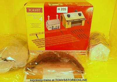 h205 hornby oo spare r8230 building extension accessory pack #4 xclnt