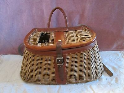 VINTAGE HAND MADE WICKER FISHING CREEL w/LEATHER STRAPS & RULER