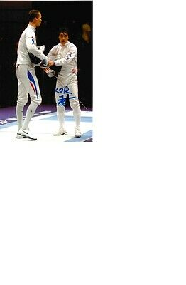 3xWorld Champs Silver 2014&2015 in Fencing Park Kyong-Doo signed 10x15 photo.