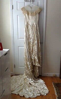 vintage 1940s Ivory Satin Wedding Dress With Lace Collar, Small