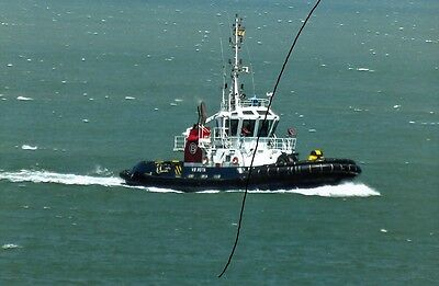 Ship/shipping Photo Of A Tug At Sea On Photograph Picture In Cadiz.