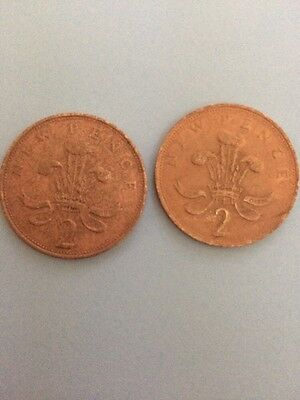 COLLECTORS COINS TWO PENCE - Two 2p Stamped New Pence 1975 And 1979
