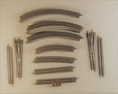 Micro Trains Track Set (32 pcs) for Z Scale Layout