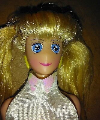 1995 Sailor Moon 11 inch doll with clothes