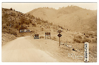 RPPC - California Boundary - Siskiyou County sign - Pacific Hwy - Postcard