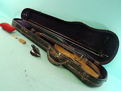 Vtg Wooden Antonio Stradivarius Replica 4/4 Violin German w Mother of Pearl Bow
