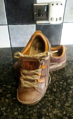 art skyline brown leather shoes size 40/6.5