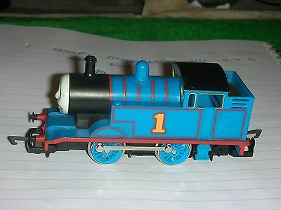 HORNBY 00 0-4-0 THOMAS ENGINE No1 IN BLUE GREAT RUNNER ALL GOOD