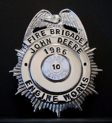 John Deere Engine FIRE BRIGADE Badge Employee Service Pin 10 Yr  1986 Blackinton