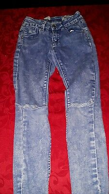girls new look ripped jeans age 9