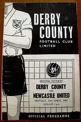 Derby County v Newcastle United 1961/62 Div. 2 programme.