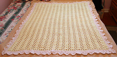 "BEAUTIFUL YELLOW & WHITE CROCHETED BABY BLANKET 38""x 46"""