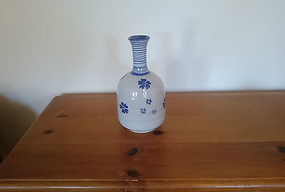 Irish Moville Pottery Made In Ireland Vase 19 Cm Hand Painted