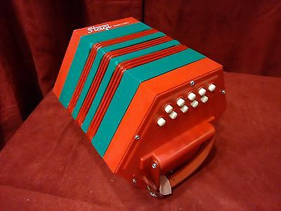 New Stagi La Concertina Anglo PL 4-2 Red and Green C G M 20 Button Made In Italy