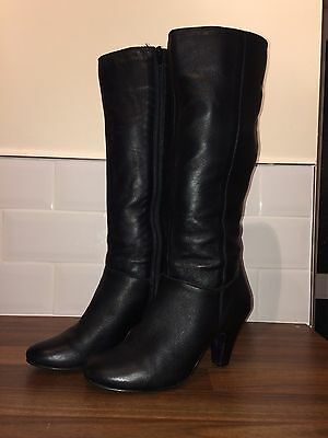 Black soft leather Ladies boots, size 6 (39)