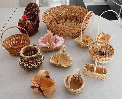 Vintage Lot Of Small Miniature  Baskets In A Basket