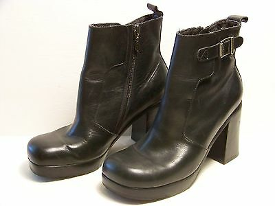 Ladies Harley Davidson Black Side Zip Buckle High Heel Boots Size 8.5  81184