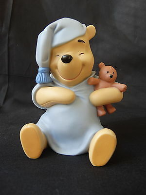 Disney Pooh & Friends ~ FRIENDS DREAM TOGETHER ~ Pooh in Pajamas with Bear ~ EUC