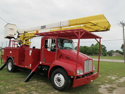 2005 International Harvester Other  2005 Kenworth T 300 High-Ranger bucket truck, utility service, Very low miles