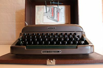 Imperial Typewriter Good Companion 4 ~ Excellent Condition ~ Working