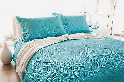 Bambury Paisley Peacock Embossed Queen King Bed Coverlet Bedcover Set