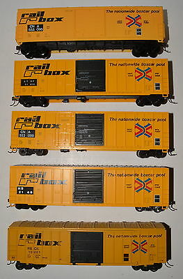 5 used but in excellent condition RAILROX box cars, CNA, ATSF, RBOX, HS,  Lot A