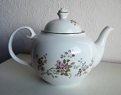 Wade Teapot In Excellent Condition