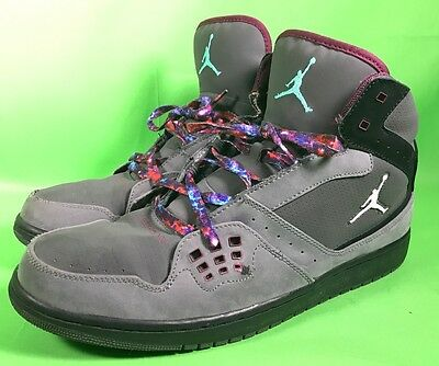 Authentic Men's NIKE Jordans 1 Flight Shoes Size 13 - Grey & Purple