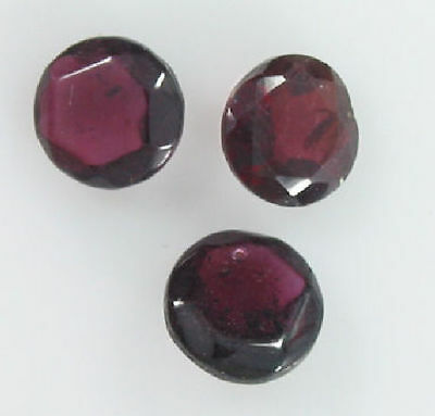 Set of 3 6mm Round Cut Garnets 2.95 Carats