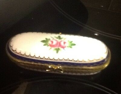 small pill box by Times Past. in finest porcelain good condition.