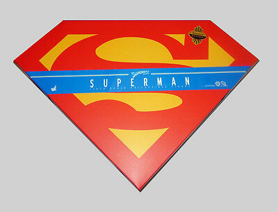 Hot Toys – Superman (Christopher Reeve) – 12-Inch Action Figure
