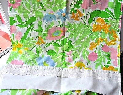 Vintage Retro Twin Sheet Set and Pillowcases Pennys