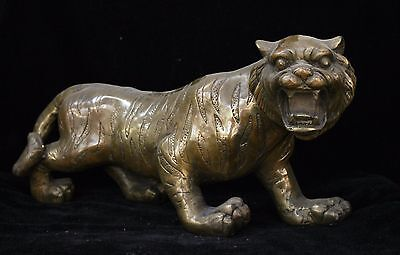 Chinese Fengshui Bronze Brass Animal Zodiac Year Lucky Tiger Statue Sculpture