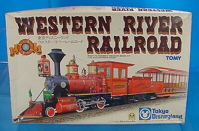 On3/On30 1/45 TOMY TOKYO DISNEYLAND WESTERN RIVER RAILROAD STEAM LOCOMOTIVE KIT
