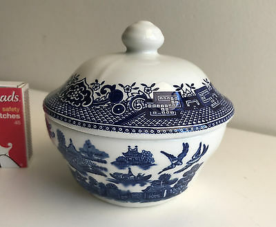 sugar bowl and lid churchill Willow england blue & white